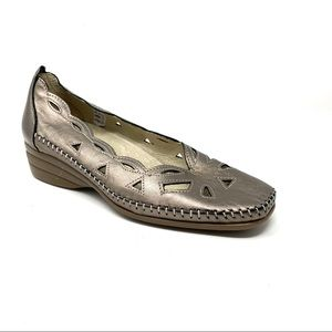 Spring Step Roxy cut out leather loafer bronze